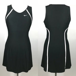 EUC Nike Dry Fit Tennis Dress with built in Bra
